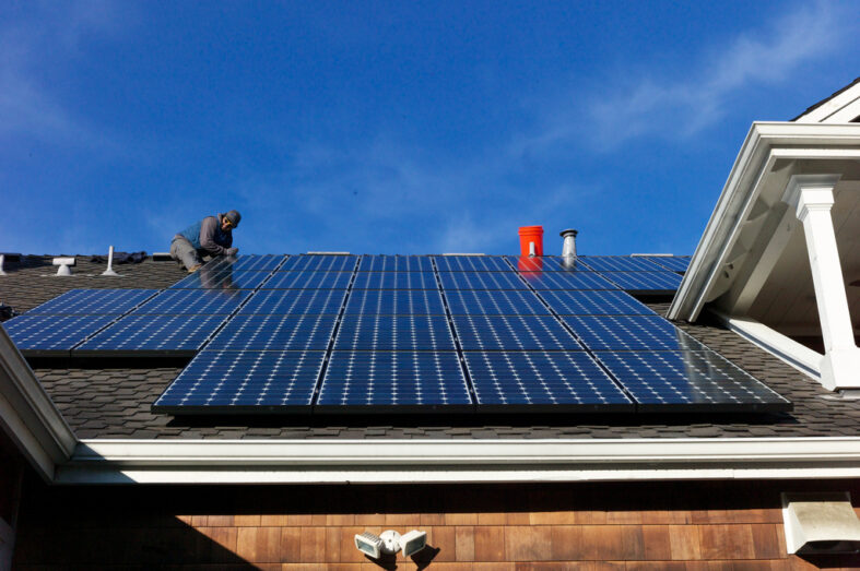 Floridian's Can Do Their Own Solar: No Expertise Required Guide,